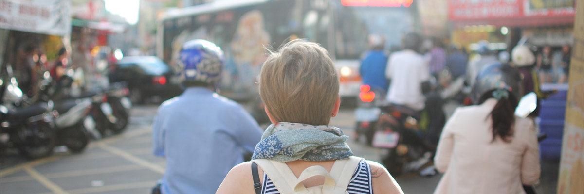 día internacional de la mujer, mujeres viajeras, mujeres que viajan, viajes de aventura, viajes alternativos, turismo responsable, viajes en grupo, viajar en grupo, viajar sola
