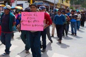 Manifestación en Andahuaylas (Peru). (3000km Viajes Aventura)