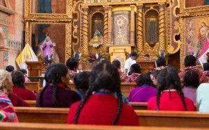 Misa en quechua en Pisac