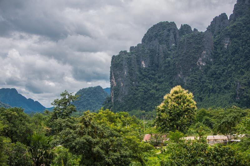 Vang_Vieng-Laos-3000km-Viajes-Aventura-Alternativos-Mochilero