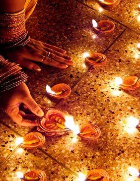 India-Asia-Diwali-,-Viajes-de-Aventura,-Viajes-Alternativos,-Turismo-Responsable,-Mochilero,-Viajar-en-Grupo,-Viajar-Sola,