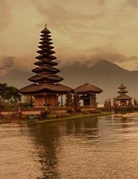 Destino Indonesia, Asia: Viajes de Aventura, Viajes Alternativos, Turismo Responsable, Mochilero, Viajar en Grupo, Viajar Sola, 3000KM
