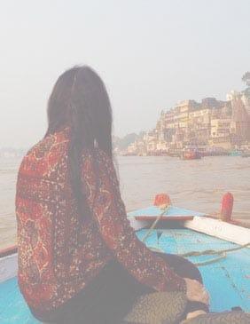Viajera Varanasi: Viajes de Aventura, Viajes Alternativos, Turismo Responsable, Mochilero, Viajar en Grupo, Viajar Sola, 3000KM