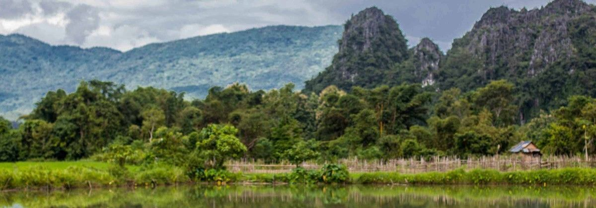 Vang_Vieng_Laos_Asia-3000KM-Viajes-Aventura-Alternativos-Grupo-Mochilero