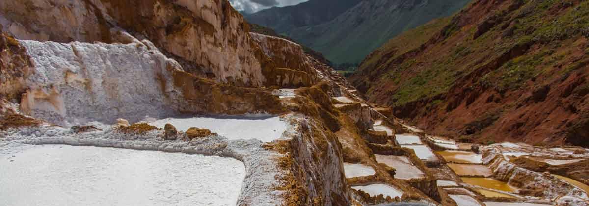 Salar de Maras, Perú Sudamerica. Viajes Aventura Grupo, Viajes Alternativos, Viajar Solo, Turismo_Responsable, Mochilero. - 3000KM - viajes de Aventura