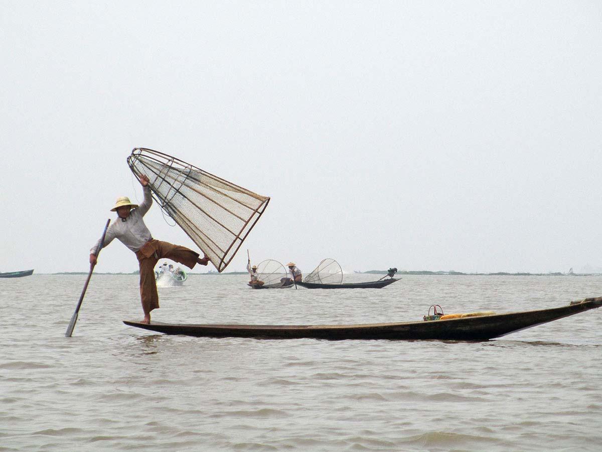 Lago Inle, Myanmar , Asia: Viajes de Aventura, Viajes Alternativos, Turismo Responsable, Mochilero, Viajar en Grupo, Viajar Sola. 3000KM